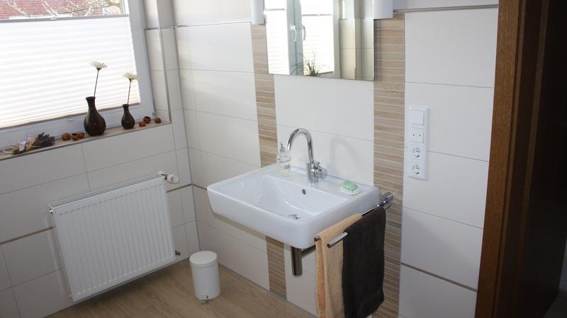 bad sanierung simple was kostet eine badezimmer. Black Bedroom Furniture Sets. Home Design Ideas