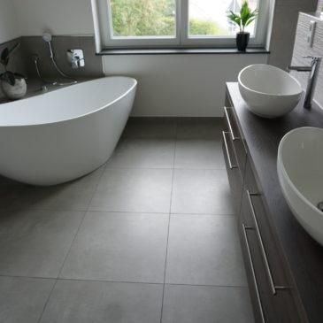 Badezimmer herstellen/ sanieren